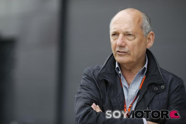 Dennis cree que sigue siendo la persona indicada para liderar McLaren - LaF1