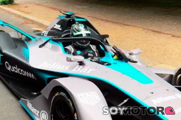 Nico Rosberg con el Gen 2 en Berlín - SoyMotor.com