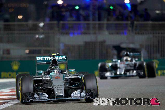 Hamilton no tiene celos de las victorias de Rosberg - LaF1