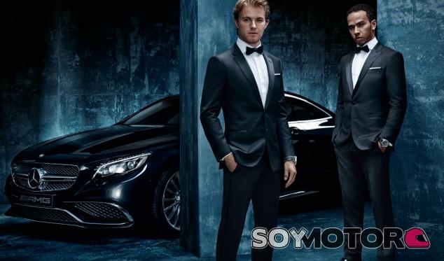 Mercedes estrena coche en homenaje a su título en 2014