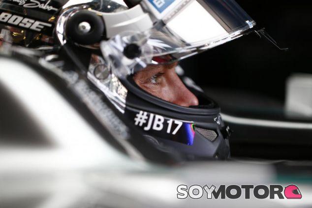 El de hoy no ha sido el mejor día para Rosberg tras acabar a 0.7 de Hamilton - LaF1
