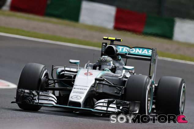 Rosberg tuvo un par de sustos, pero nada que le impidiera marcar el mejor tiempo del viernes - LaF1