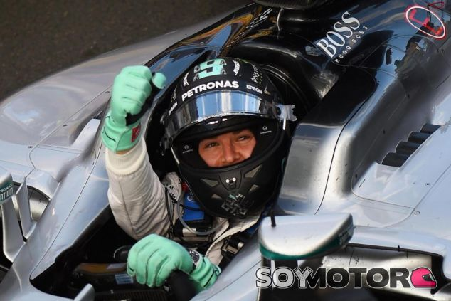 Nico Rosberg está satisfecho con la limitación de mensajes por radio - LaF1