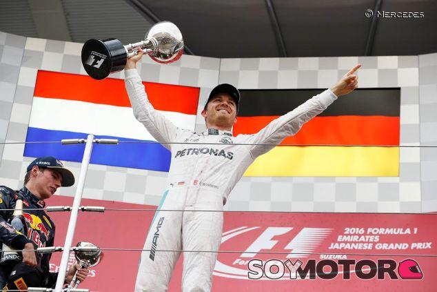 Nico Rosberg en el podio de Japón - SoyMotor