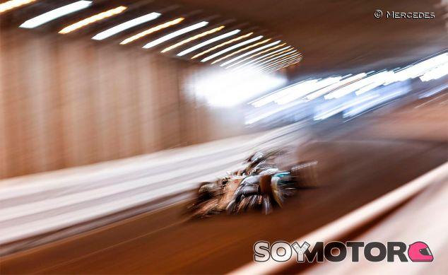 Nico Rosberg en el túnel de Mónaco - LaF1