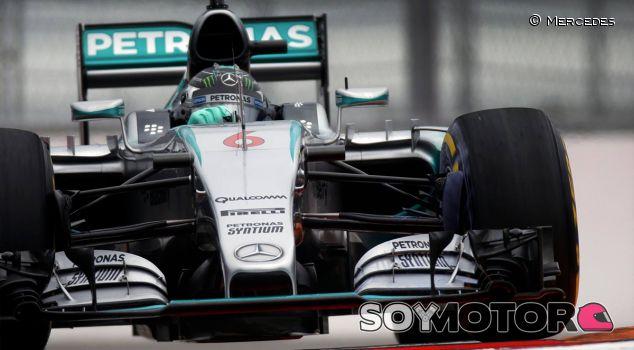 Rosberg le arrebata la pole a Hamilton por tres décimas - LaF1