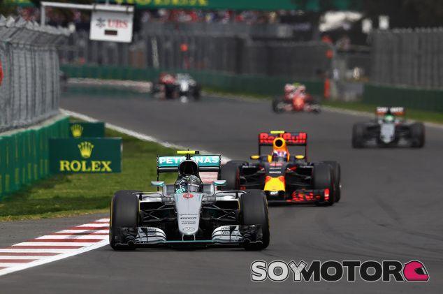 Nico Rosberg y Max Verstappen en el GP de México - LaF1