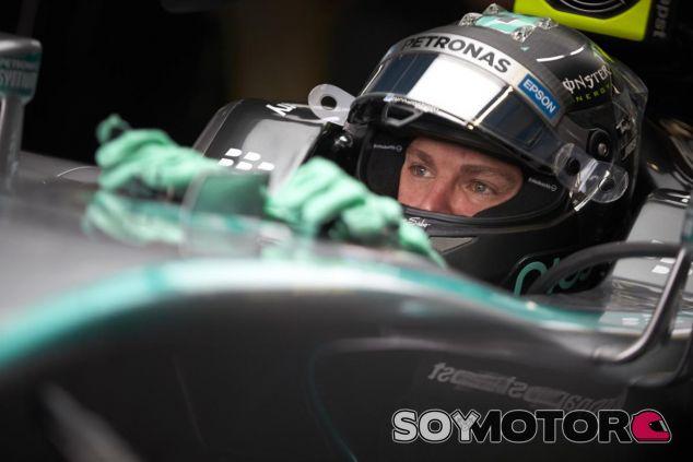 No todos dan por acabadas las opciones de título de Nico Rosberg - LaF1