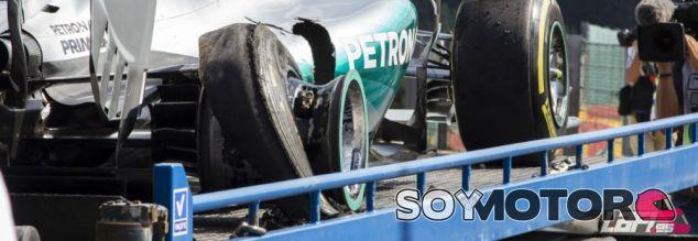 El coche de Nico Rosberg tras el accidente - LaF1