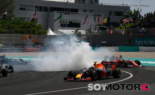 """Rosberg describe a Vettel como """"un avión tetracampeón sin control"""" - LaF1"""