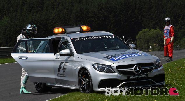 Alan van der Merwe, el ángel de la guarda de los pilotos de F1 - SoyMotor.com