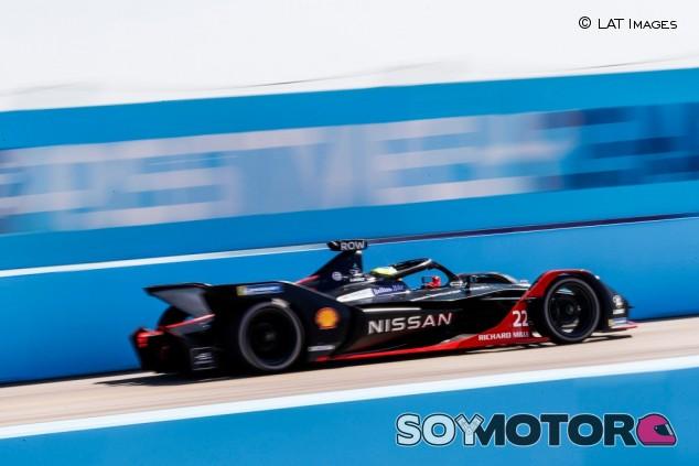 Rowland aguanta a Frijns para ganar el quinto evento de Berlín - SoyMotor.com
