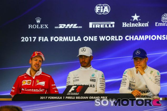 Vettel, Hamilton y Bottas en la rueda de prensa de Spa - SoyMotor.com