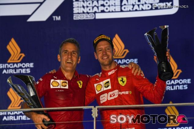 "La prensa italiana ya no jubila a Vettel, le encumbra: ""El viejo capitán gana"" - SoyMotor.com"