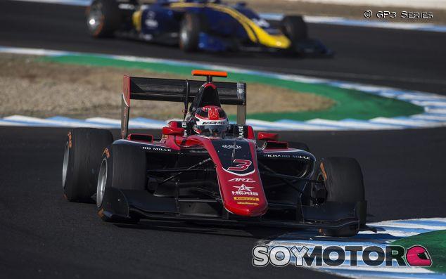 George Russell finiquita la GP3 2017 en Jerez - SoyMotor