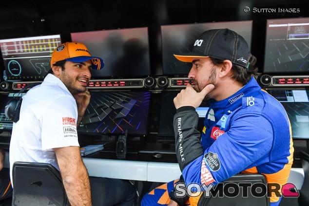"Alonso: ""Si Sainz ganase dos carreras este año, echaría de menos corrrer"" - SoyMotor.com"