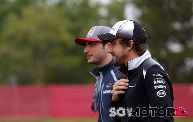 """Sainz: """"Para no irse, Alonso debe amar la F1 y que el coche le ayude"""" - SoyMotor"""
