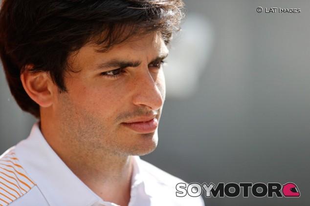 """Sainz: """"Hasta que  digan que no se corre, sigo centrado en el GP"""" - SoyMotor.com"""