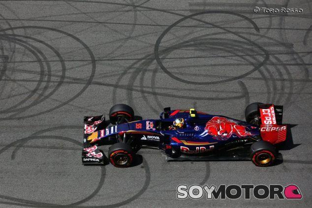Carlos Sainz con el Toro Rosso en Austria - LaF1
