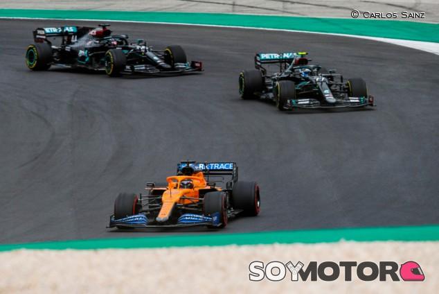 La salida brutal de Sainz: de séptimo a liderar el GP de Portugal - SoyMotor.com