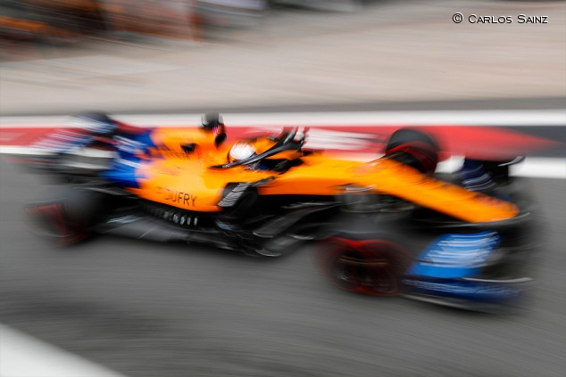 Sainz monta motor nuevo tras el fallo en la clasificación de Brasil  - SoyMotor.com