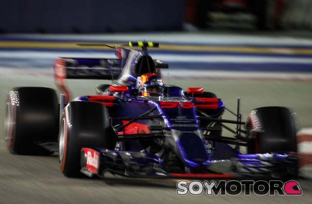 Carlos Sainz en Marina Bay - SoyMotor.com