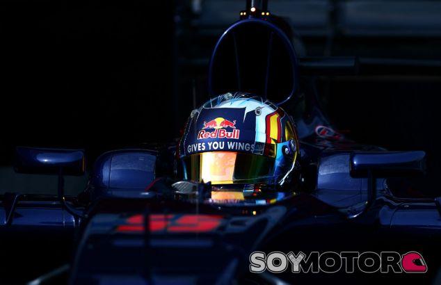 Carlos Sainz en los test de Barcelona - LaF1