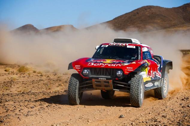 Sainz repite victoria en la Etapa 4 del Rally de Marruecos; Alonso, destellos de talento - SoyMotor.com