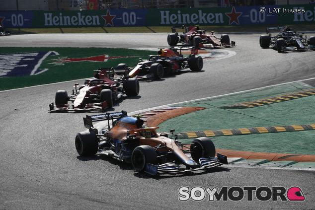 """Sainz felicita a McLaren: """"Estoy contento por la gente con la que trabajé"""" - SoyMotor.com"""