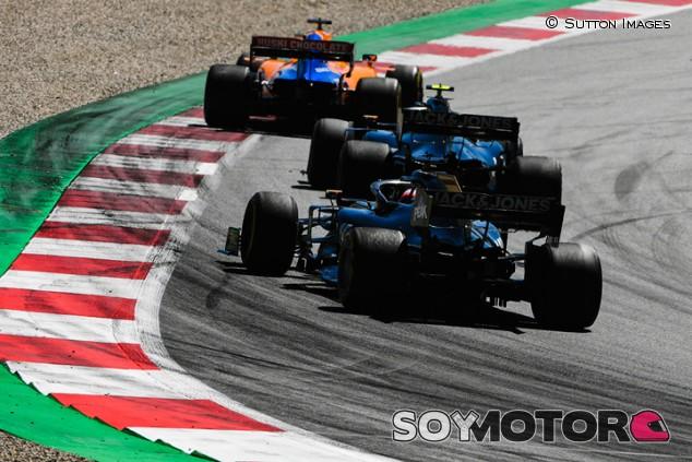 VÍDEO: los adelantamientos de Sainz que no se vieron en Austria - SoyMotor.com