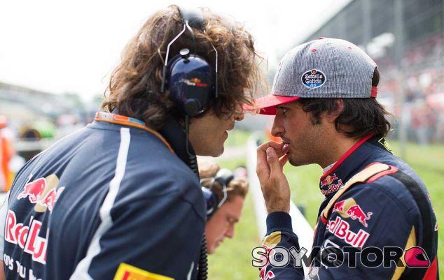 Carlos Sainz en la parrilla de Italia - laF1