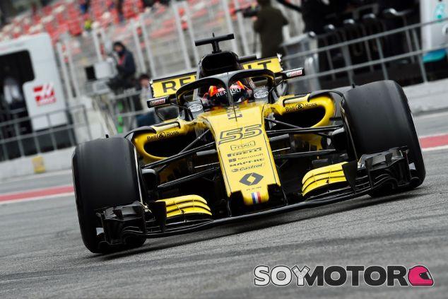 Carlos Sainz en el Circuit de Barcelona-Catalunya - SoyMotor.com