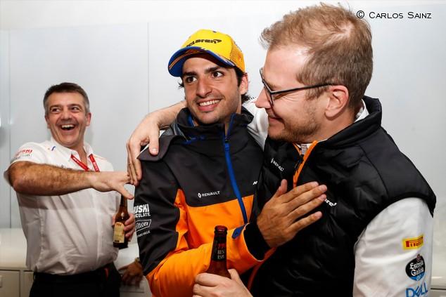 """McLaren quiere un futuro con Sainz: """"Nuestro objetivo es que luche por títulos"""" - SoyMotor.com"""