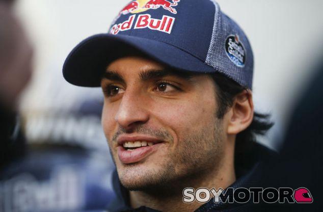"""Sainz: """"Pensaré en 2018 en verano; ahora voy al 100% con Toro Rosso"""" - SoyMotor"""