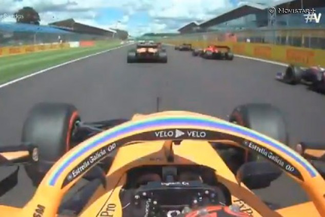 Así fue la gran salida de Carlos Sainz en el GP de Gran Bretaña F1 2020 - SoyMotor.com