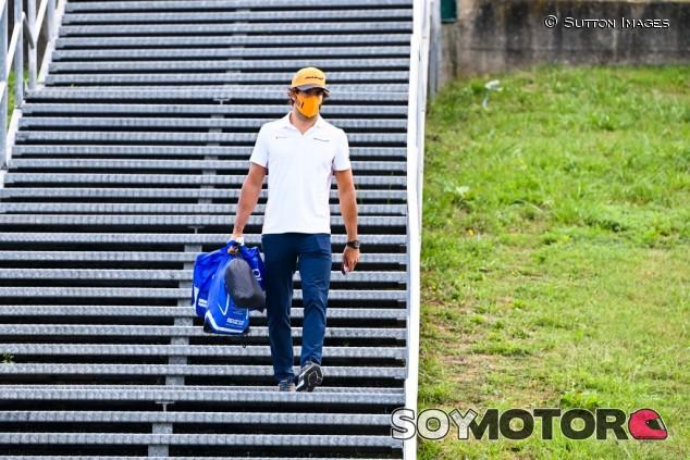"""Sainz, tras el podio de Monza: """"Sigo con los pies en el suelo, pero más motivado"""" - SoyMotor.com"""