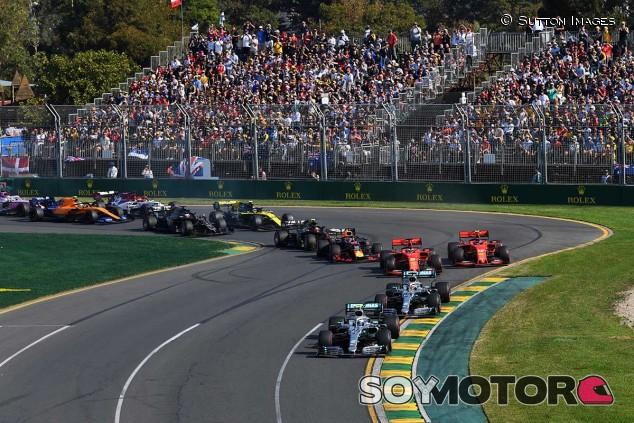 La F1 medita que pilotos no oficiales rueden en los libres en 2021 - SoyMotor.com
