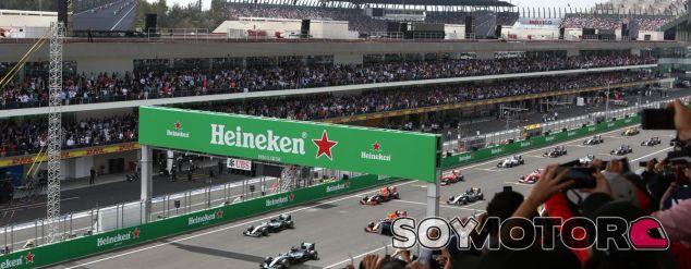 Instante de la salida en el GP de México - LaF1