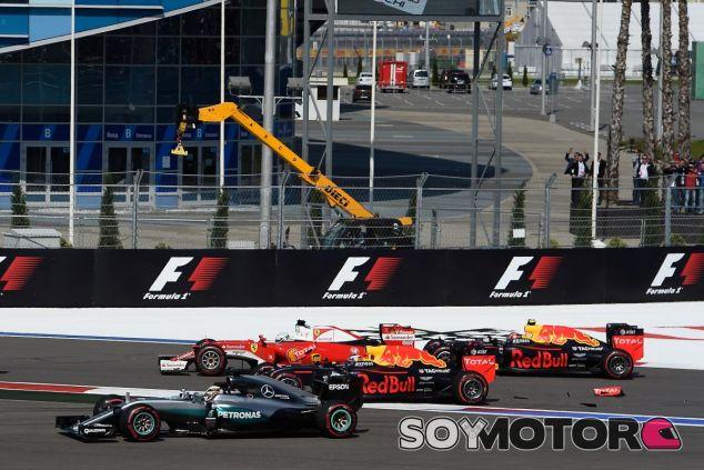 Lauda ha criticado duramente a Daniil Kvyat - LaF1