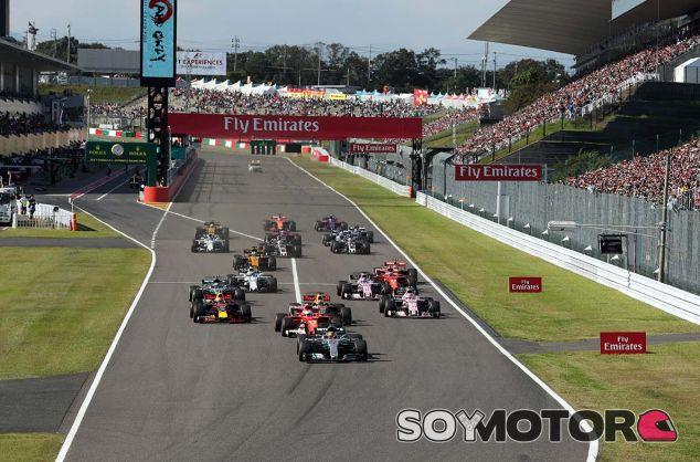 Salida de la carrera del GP de Japón 2017 - SoyMotor.com