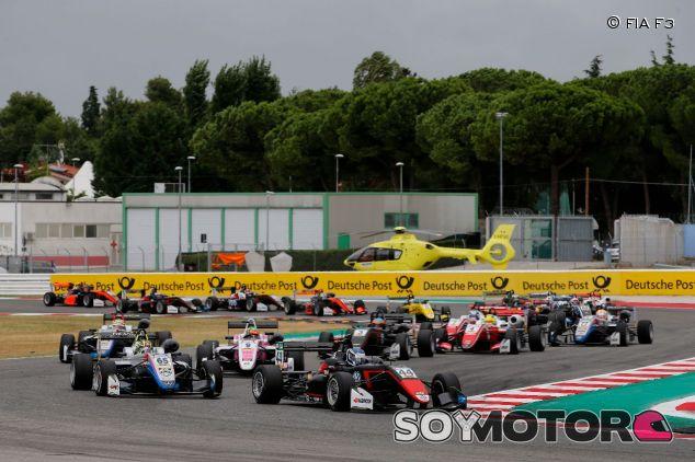 Salida de la carrera 2 de Misano – SoyMotor.com