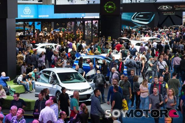 Amenazan con boicotear el Salón de Frankfurt 2019 - SoyMotor.com