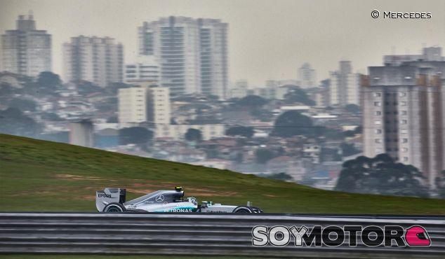 Fotografía de archivo de Interlagos - LaF1