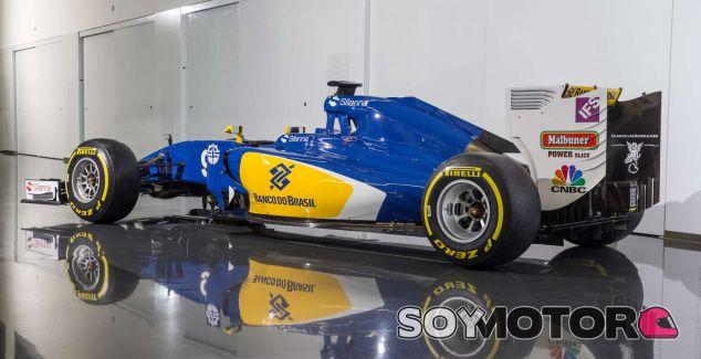 Fotografía de estudio del nuevo Sauber C35 - LaF1