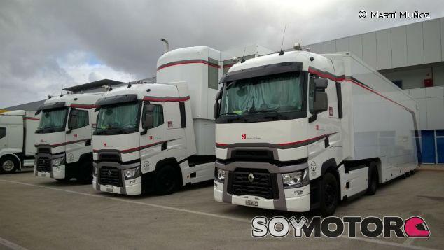 Camiones de Sauber en Jerez de la Frontera, aún sin los colores de Banco do Brasil - LaF1