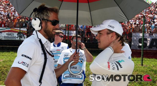 Mazepin entrenará con el preparador físico de Rosberg - SoyMotor.com