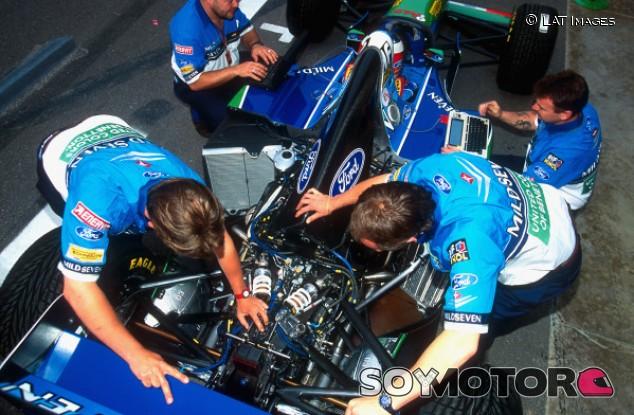 La teoría que afirma que Schumacher no hizo trampas en 1994 - SoyMotor.com
