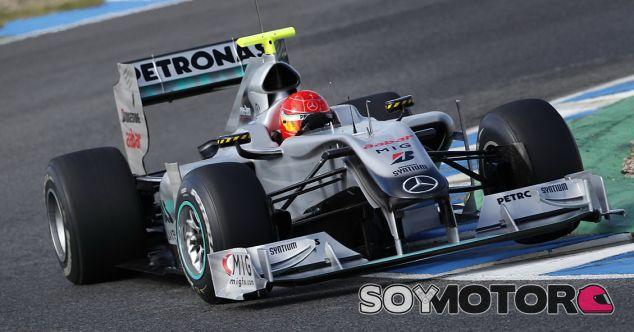 Michael Schumacher en los test de Jerez en 2010 - SoyMotor