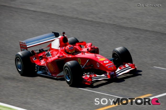 "Schumacher, tras pilotar el F2004 en Mugello: ""Simplemente increíble"" - SoyMotor.com"