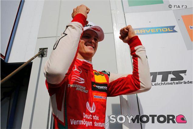 Celebración de Mick Schumacher –SoyMotor.com
